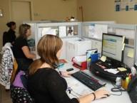 Due donne al lavoro in ufficio