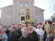 La processione della Madonna dei Sette Dolori a Pescara