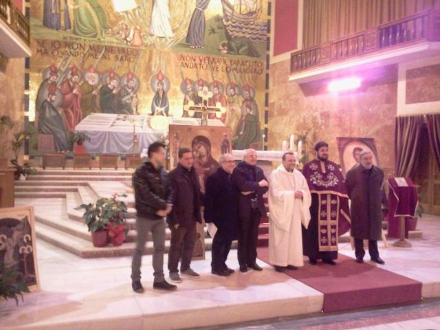 Cristiani uniti liturgia foto e voci giovani