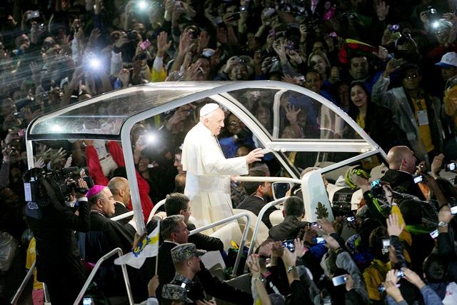 Rio de Janeiro, 25-07-2013.L'incontro del Santo Padre con i giovani a Copacabana.