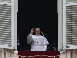 Papa Francesco durante l'Angelus