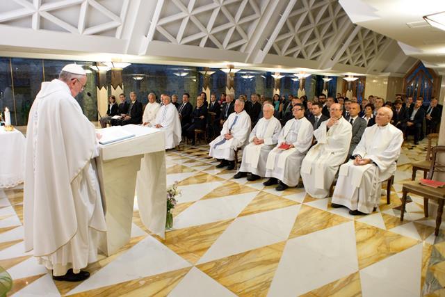 La Santa Messa celebrata nella cappella Santa Marta