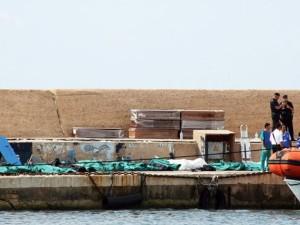 Salme di migranti recuperate nel corso di una delle ultime stragi del mare