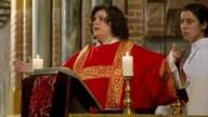 Potremo mai avere sacerdotesse cattoliche?