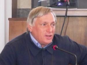 Don Luigi Ciotti, presidente associazione Libera