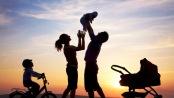 """Covid-19: """"La crisi ci suggerisce di rallentare per costruire una famiglia"""""""