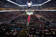 La Mall of Asia arena gremita dalle famiglie filippine