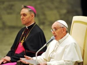 Papa Francesco presiede l'udienza generale nell'Aula Paolo VI