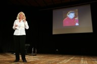 Antonella Allegrino e, sullo sfondo, il ricordo di Maurizio Berardinucci