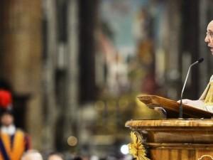 Papa Francesco ha consegnato la bolla di indizione del Giubileo della Misericordia nella Basilica vaticana