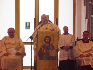 Mons. Tommaso Valentinetti, arcivescovo di Pescara-Penne, pronuncia l'omelia