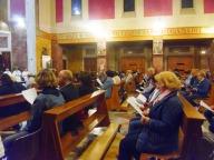 I fedeli presenti alla veglia di preghiera
