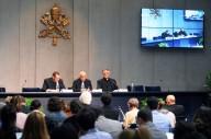 La conferenza stampa di presentazione del Giubileo della misericordia