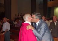 Il presidente della Regione Abruzzo Luciano D'Alfonso, porge gli auguri a mons. Amadio