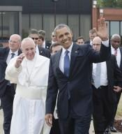 Papa Francesco accolto da presidente Usa Barack Obama