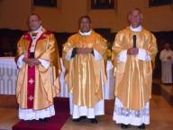 L' arcivescovo Valentinetti con don Ezio Di Pietropaolo e l'abate don Francesco Santuccione