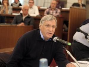 don Luigi Ciotti, fondatore di Libera contro le mafie