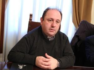 Don Marco Pagniello, direttore della Caritas di Pescara-Penne