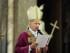Il cardinale Angelo Bagnasco presiede la messa pre-natalizia, in presenza degli esponenti politici