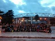 Gli scout pescaresi, sabato sera, davanti allo Stadio Olimpico