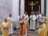 L'arcivescovo di Pescara-Penne, monsignor Tommaso Valentinetti, avvia la celebrazione dalla porta santa della Cattedrale di San Cetteo