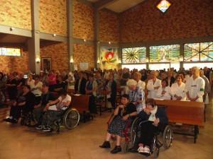 Malati e operatori sanitari insieme, ieri, al loro Giubileo nella parrocchia di San Gabriele dell'Addolorata in Pescara
