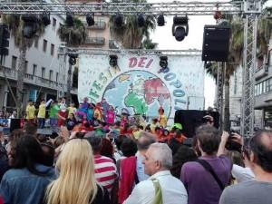Il palco della Festa dei popoli 2016 in piazza Salotto a Pescara
