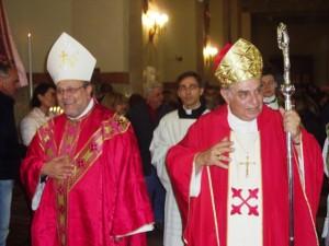 L'arcivescovo di Pescara-Penne, monsignor Tommaso Valentinetti, insieme all'arcivescovo emerito di Palermo cardinale Paolo Romeo