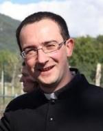don Claudio Tracanna, direttore Ufficio Comunicazioni sociali L'Aquila e parroco di Pizzoli