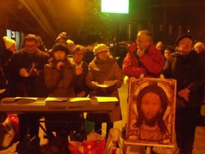 La preghiera ecumenica svoltasi ieri sera presso la stazione ferroviaria di Pescara centrale