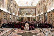 La foto di gruppo con i 300 parroci