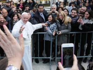 Papa Francesco con i giovani all'Università di Roma 3